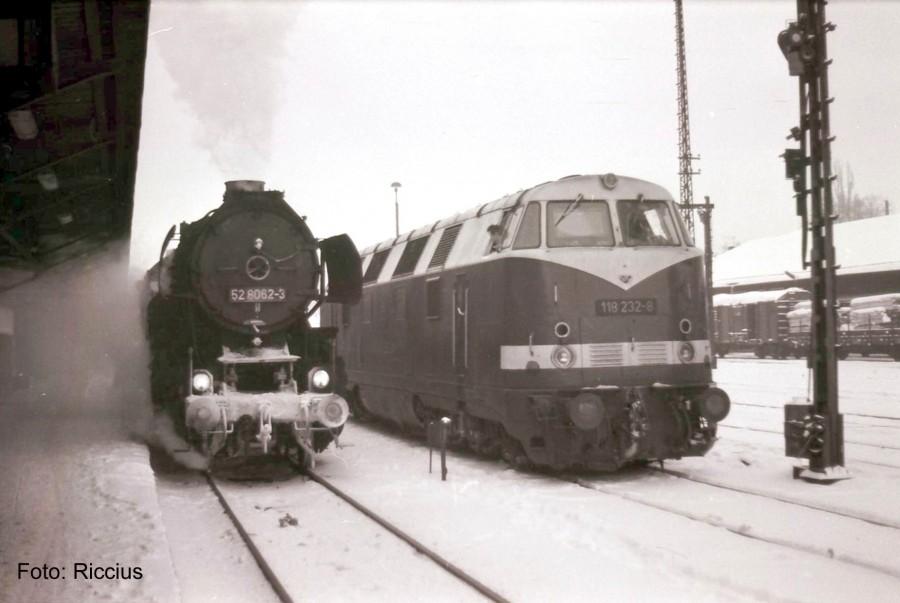 Zittau Bahnsteig Winter 52_80 und 118 Jan 1986 Kopie